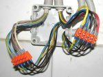 Как правильно соединять провода – Соединение проводов в распределительной коробке: видео, схемы, фото